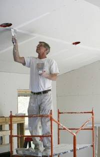 Как осуществить профессиональную отделку помещения своими руками?