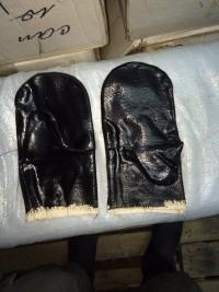 Респираторы и рукавицы