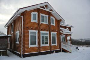 Герметизация домов из бруса